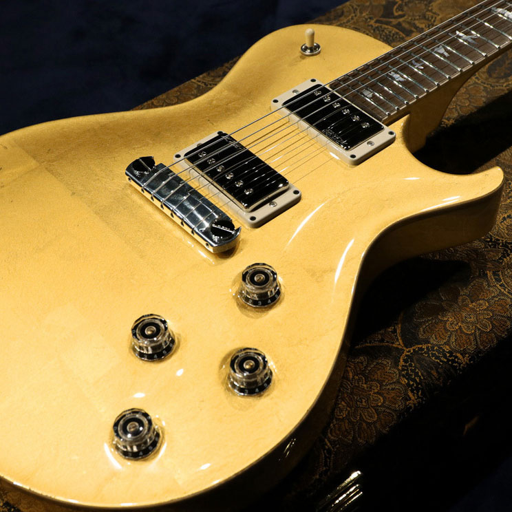 PRS_Private_Stock_24fret_McCarty-SC-Gold_Leaf-square-a